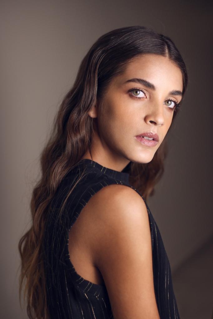 DANIELA MANZANARES